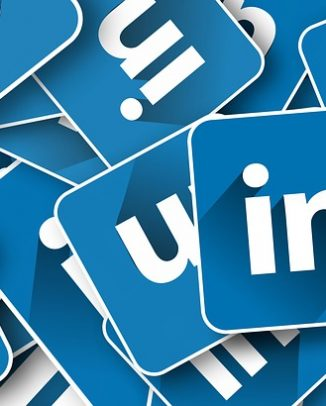 linkedin premium benefits